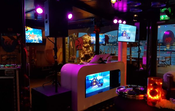 Rojo Video Drive In Show met VJ Rob – Kerstfeest Persgroep Delirium Cafe 20-12-2018