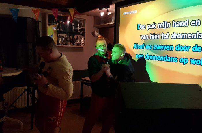 Rojo Karaoke Show met DJ Rob – Buurthuis de Eendracht 31-12-2018 Alkmaar